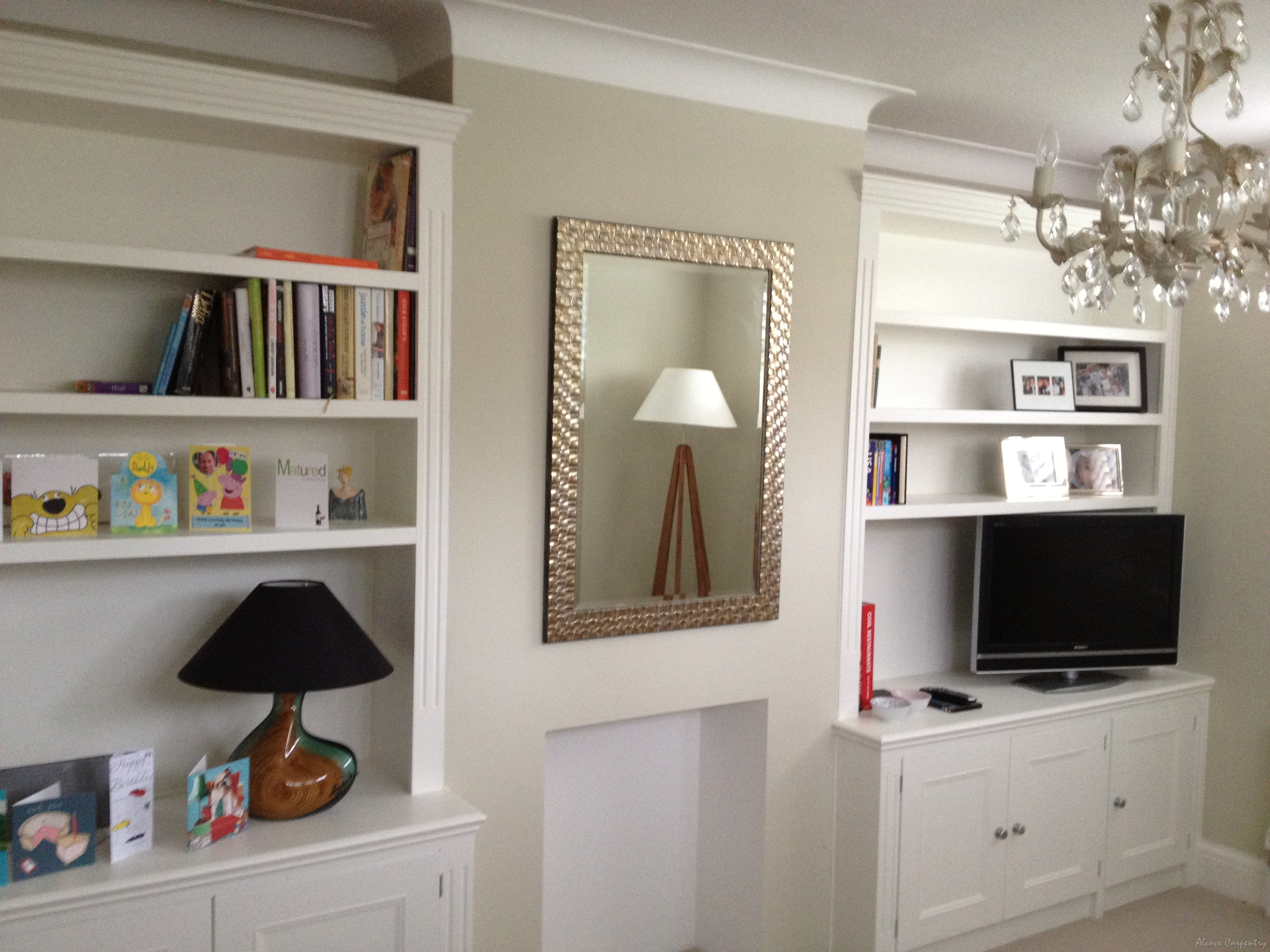 Fitted Living Room Shelving